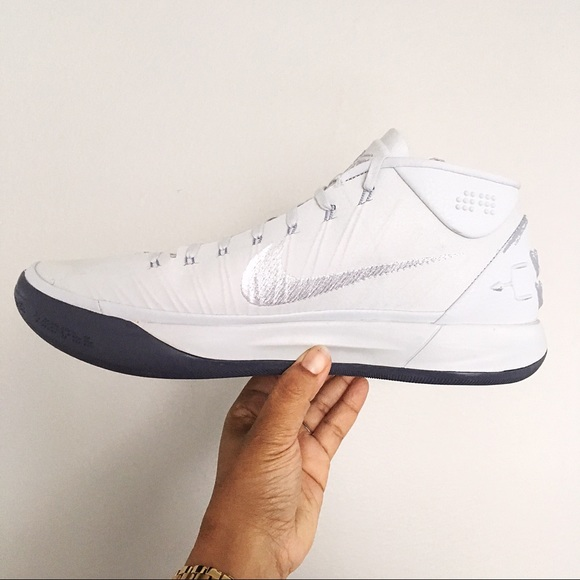 detailed look 2b8f4 ecd9b NEW Men s Nike Kobe AD Pure Platinum White